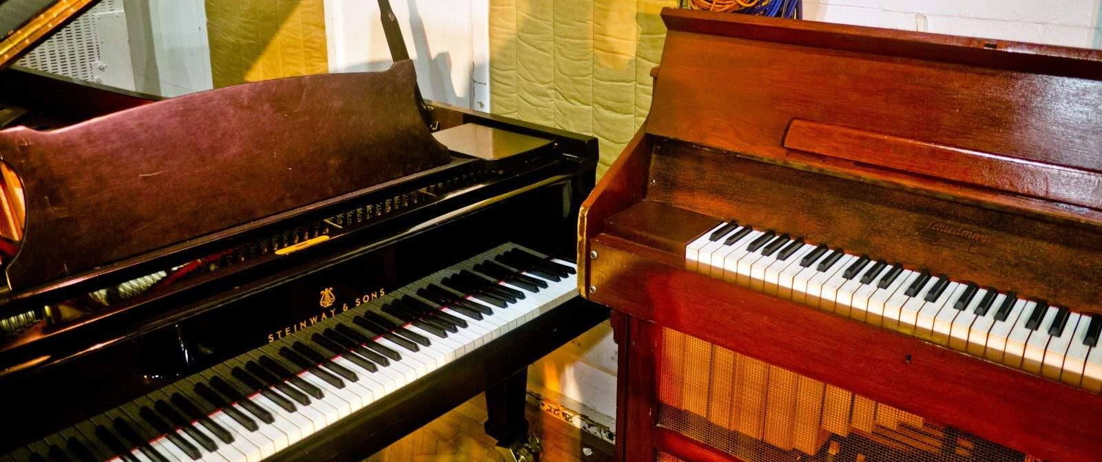 8 questions to ask when buying a used piano merriam music toronto 39 s top piano store music. Black Bedroom Furniture Sets. Home Design Ideas