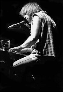 pianist singer
