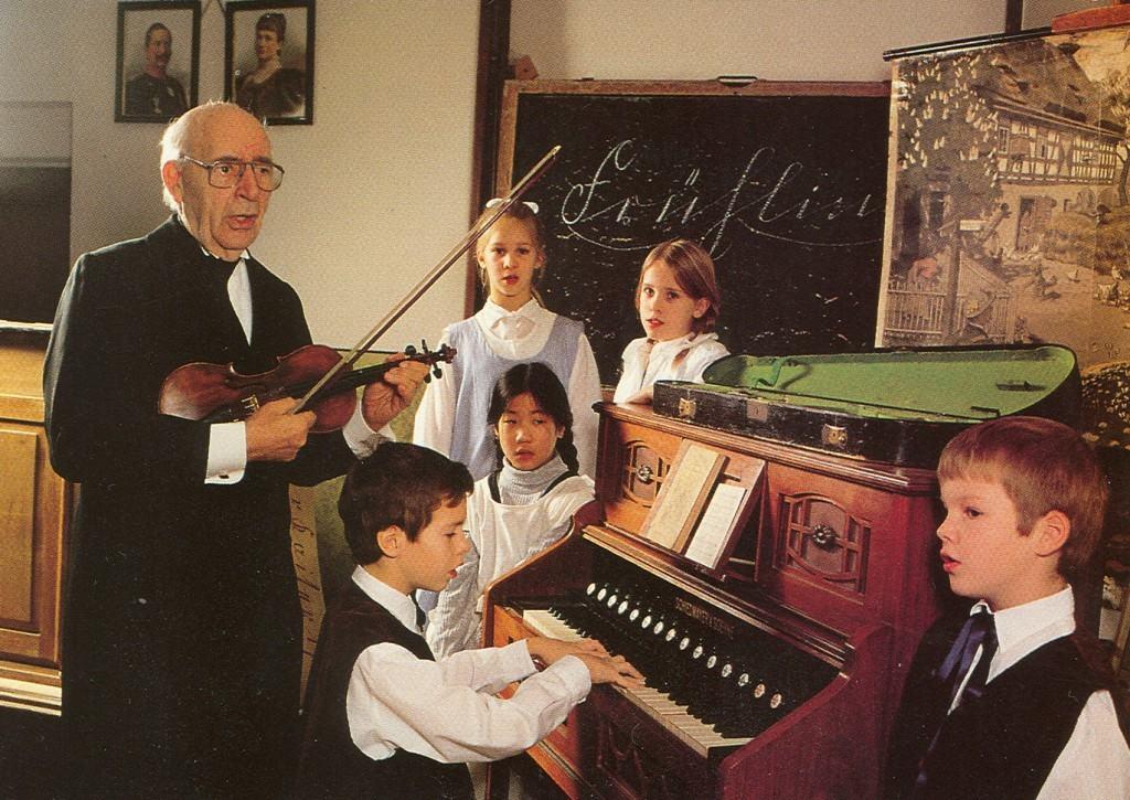 children learn music