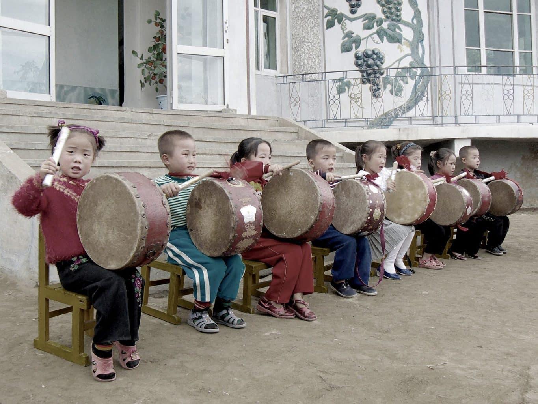 drumming children