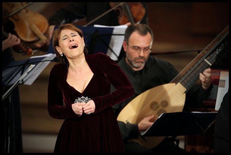 Maria Bayo, Orchestra Singer