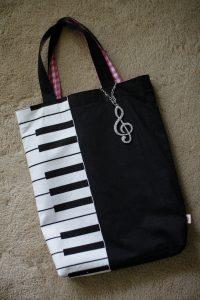 improvised handbag