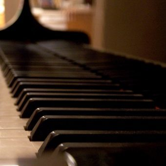 up close view of piano