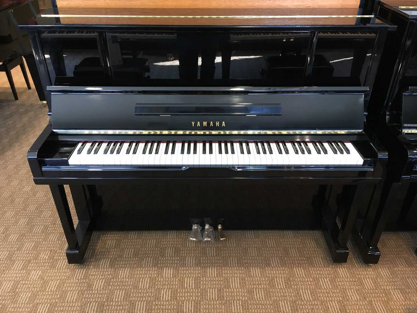Used yamaha ux10b upright piano merriam music toronto for Yamaha music school locations