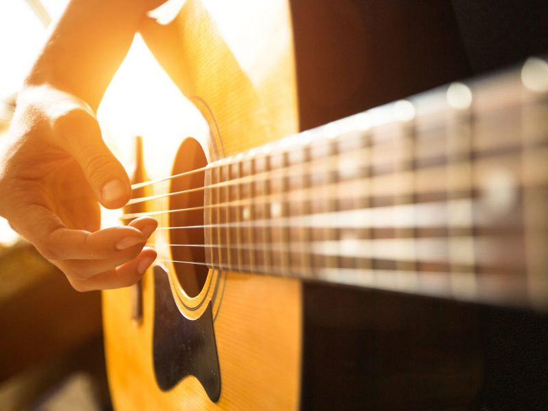 100+ Easy Guitar Songs for Beginners