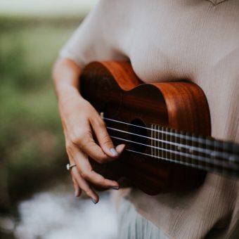 10 Easy Ukulele Songs for Beginners