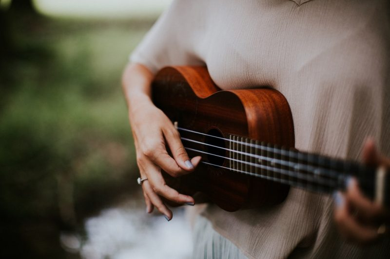 10 Easy Ukulele Songs for Beginners