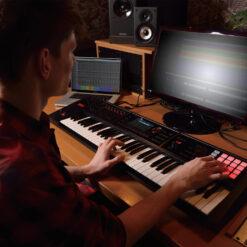 Roland FA-06 Studio